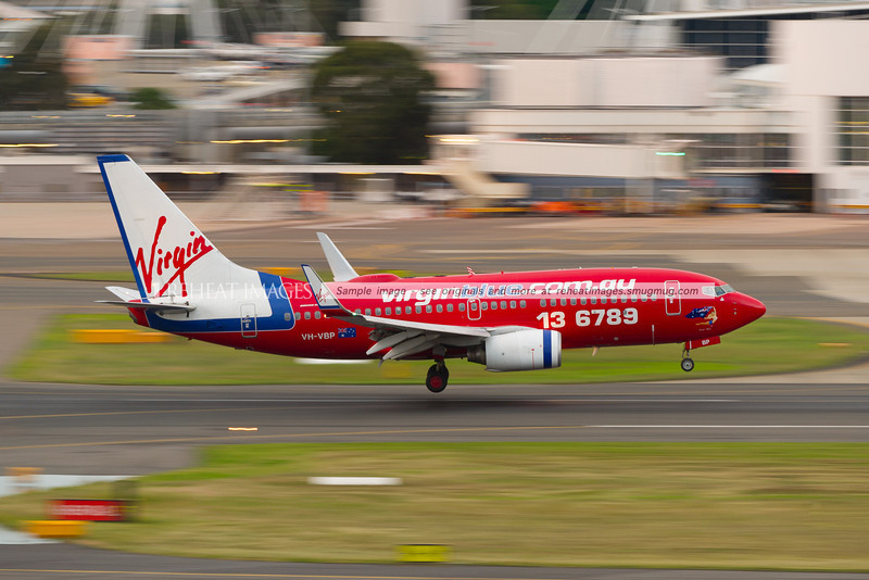 A Virgin Blue B737-700 lands at Sydney airport.