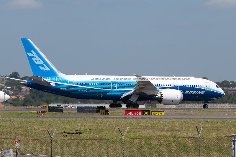 Boeing 787-8 Dreamliner ZA001 N787BA arrives in Sydney on a very hot November day.