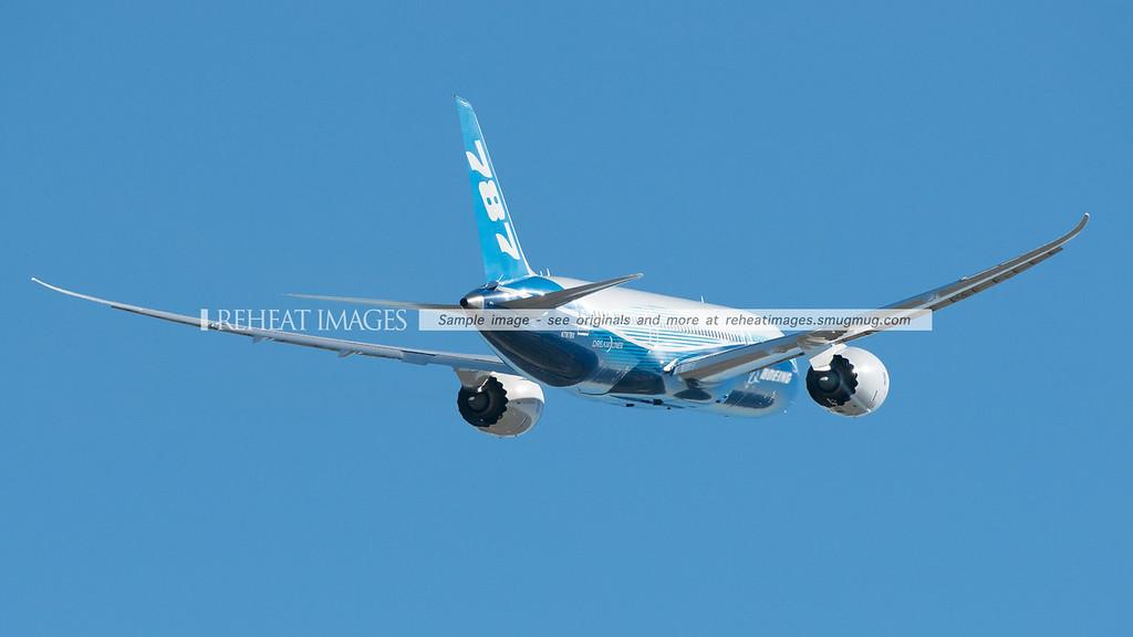 Boeing 787 Dreamliner ZA003