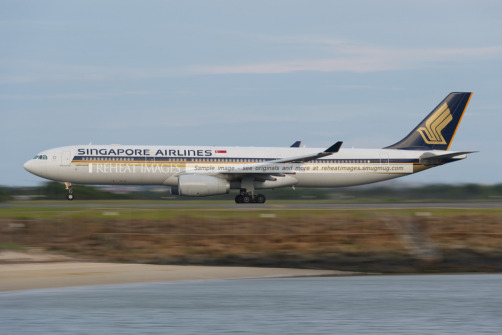 A Singapore Airlines Airbus A330-300 takes off from Sydney airport. The A330-300 temporarily replaces the B777-212/ER previously used for the SQ241 and SQ242 flights.