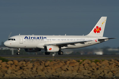 Aircalin Airbus A320 leaves Sydney.