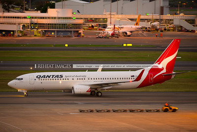 """A Qantas (Jetconnect) Boeing 737-838 arrives at Sydney airport. This plane is named """"Abel Tasman""""."""