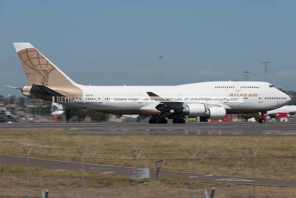 Atlas Air B747-481 N263SG arrives in Sydney with a passenger load of celebrities from the USA.