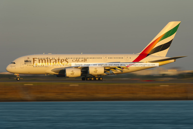 Emirates Airbus A380-861 A6-EDE arrives in Sydney from Auckland. Low shutter speed gives the impression of high speed, although the plane had actually slowed to near taxiing speed.