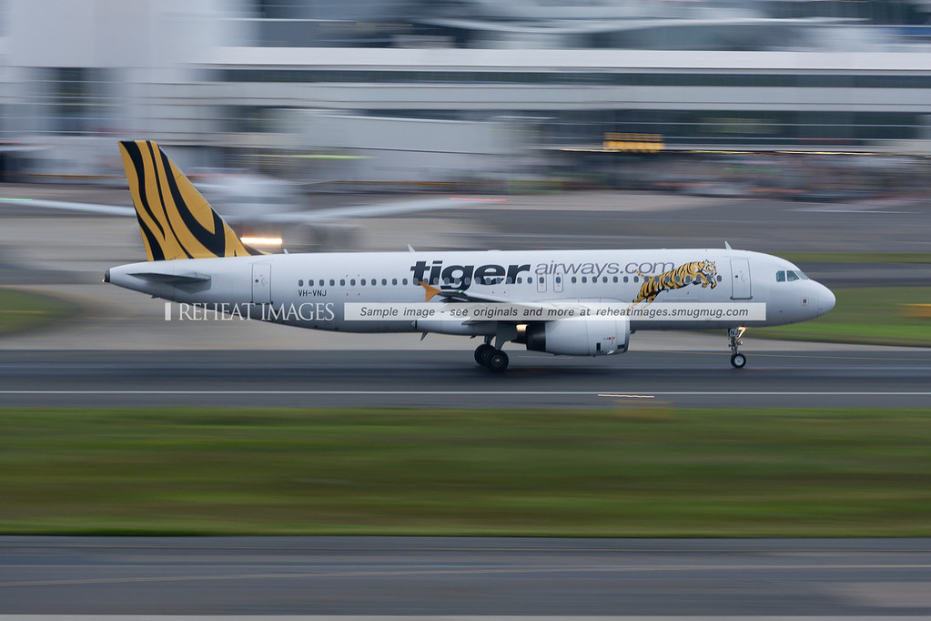 A Tiger Airways Airbus A320 takes off from Sydney airport.