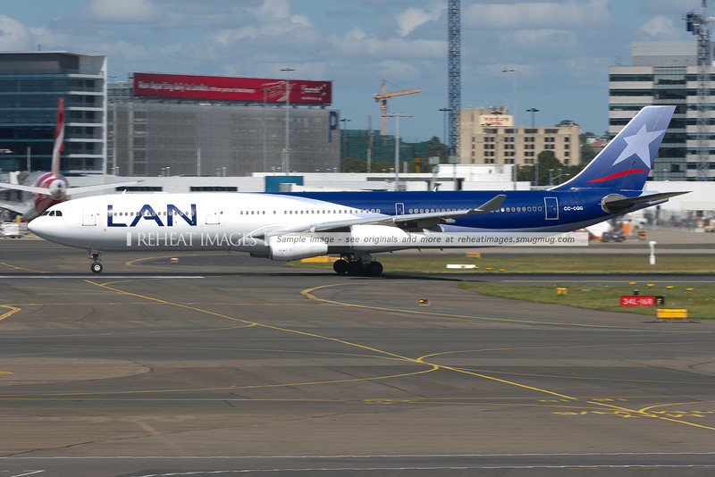 LAN Airbus A340-300 leaves Sydney airport.