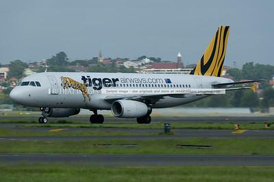 Tiger Airways Airbus A320 arrives in Sydney.