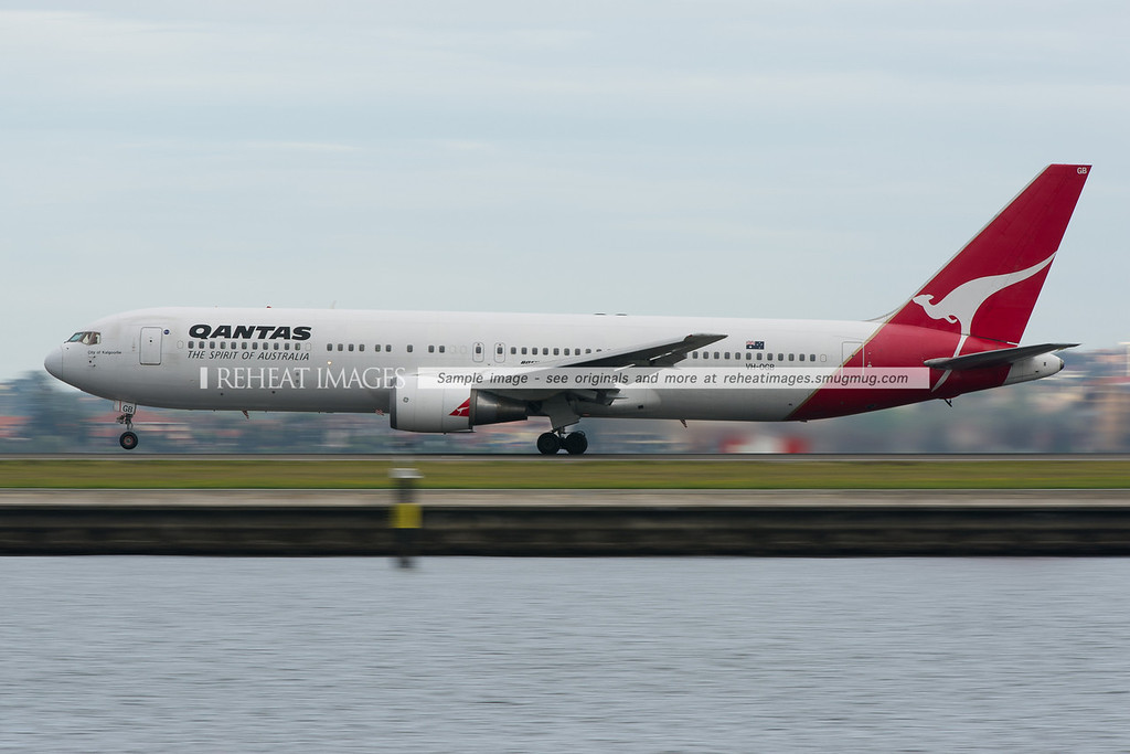 Qantas Boeing 767-338/ER City of Kalgoorlie takes off from Sydney airport.