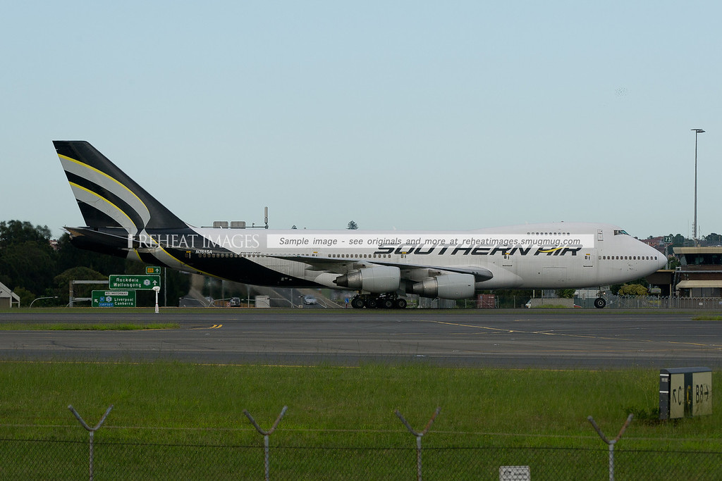 Southern Air B747-200  converted freighter arrives in Sydney airport.