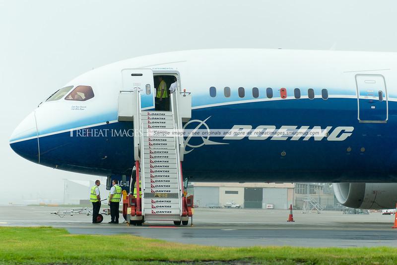 Boeing 787 Dreamliner ZA001 in Sydney