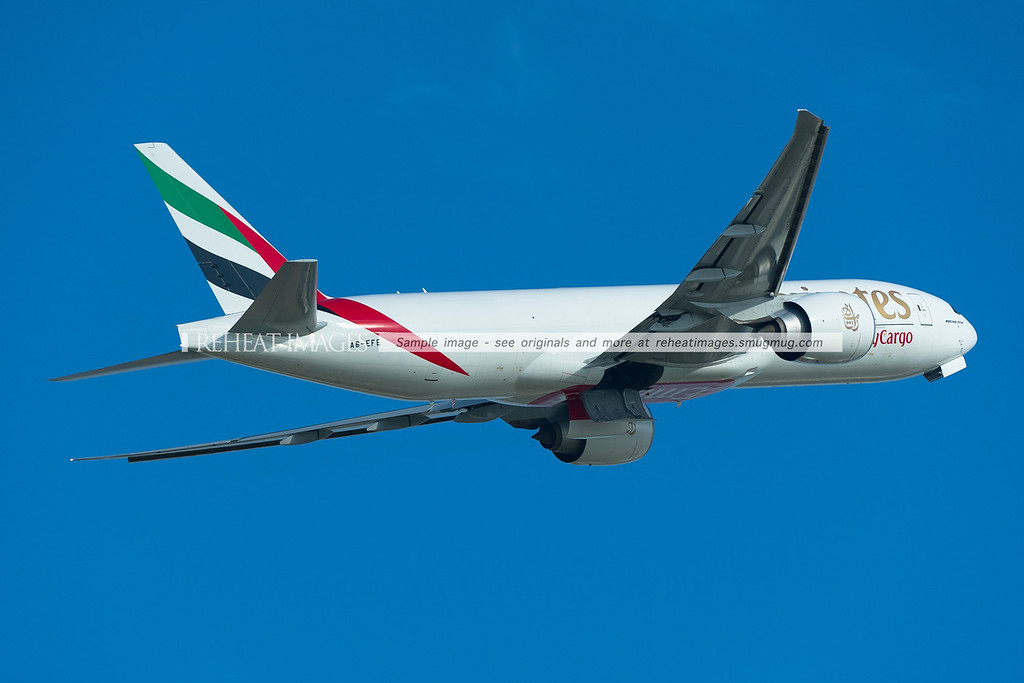 A6-EFE Emirates SkyCargo B777-F1H leaves Sydney as EK9825.