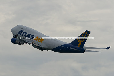 Atlas Air Boeing 747-400BCF leaves Sydney as Giant 9806.
