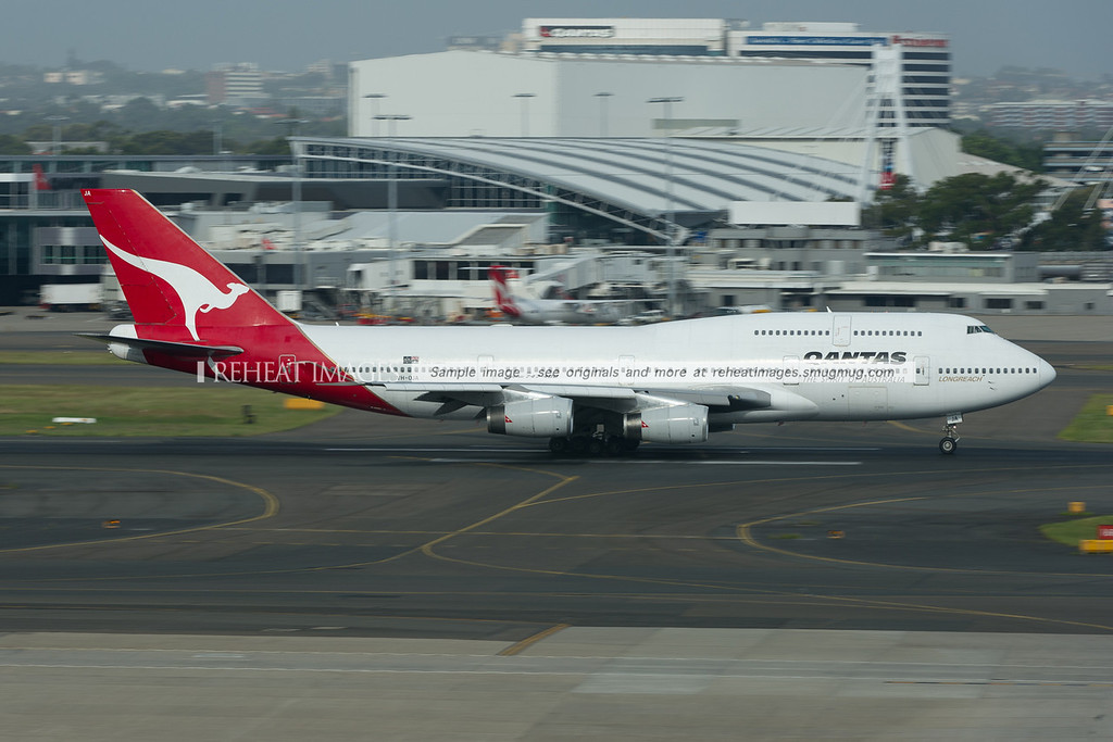 """The record breaking B747-438 """"City of Canberra"""" which flew non-stop from London to Sydney is still going strong. Here it leaves Sydney."""