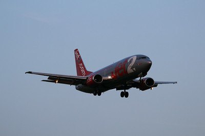 "G-CELD ""Jet2 Alicante"" Jet2 Boeing 737-33A cn 23832 @ East Midlands Airport / EGNX 30.07.14"