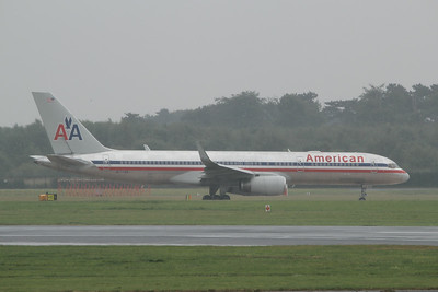 N177AN American Airlines Boeing 757-223(WL) cn 32396 @ Manchester Airport / EGCC 01.08.14
