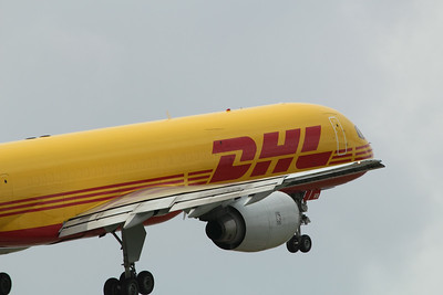 G-BMRB DHL Air Boeing 757-236(SF) cn 23975 @ East Midlands Airport / EGNX 31.07.14