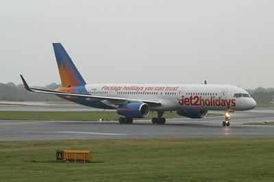 G-LSAN Jet2 Boeing 757-2K2(WL) cn 26635 @ Manchester Airport / EGCC 01.08.14
