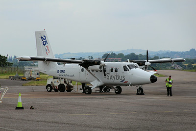 G-ISSG Isles of Scilly Skybus De Havilland Canada DHC-6-300 Twin Otter c/n 572 @ Exeter Airport / EGTE 01.07.14