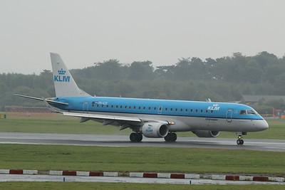 PH-EZC KLM Cityhopper Embraer ERJ-190STD cn 19000250 @ Manchester Airport / EGCC 01.08.14