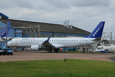 TC-YAJ Borajet Embraer ERJ-190LR cn 19000230 @ Exeter Airport / EGTE 22.08.14