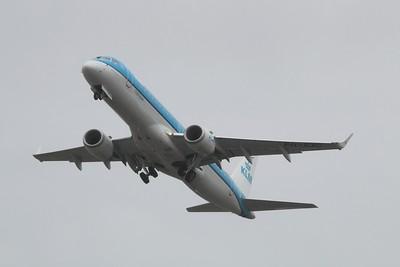 PH-EXC KLM Cityhopper Embraer ERJ-190STD cn 19000659 @ Bristol Airport / EGGD 03.05.15