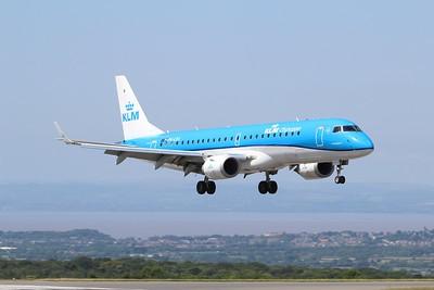 PH-EZA KLM Cityhopper Embraer ERJ-190STD cn 19000224 @ Bristol Airport / EGGD 10.07.15