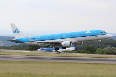 PH-EZN KLM Cityhopper Embraer ERJ-190STD cn 19000342 @ Bristol Airport / EGGD 10.07.15