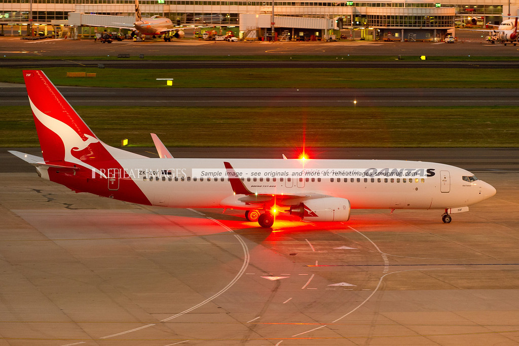 "A Qantas (Jetconnect) Boeing 737-838 arrives at Sydney airport. This plane is named ""Abel Tasman""."