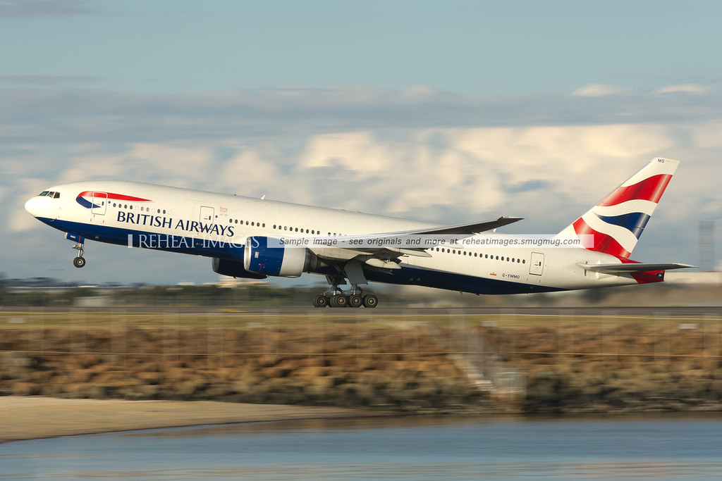 British Airways B777-236/ER taking off from Sydney airport.