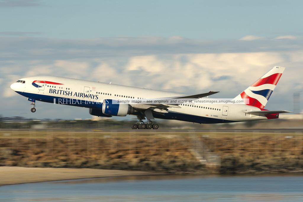 British Airways B777-236/ER taking off from Sydney airport.