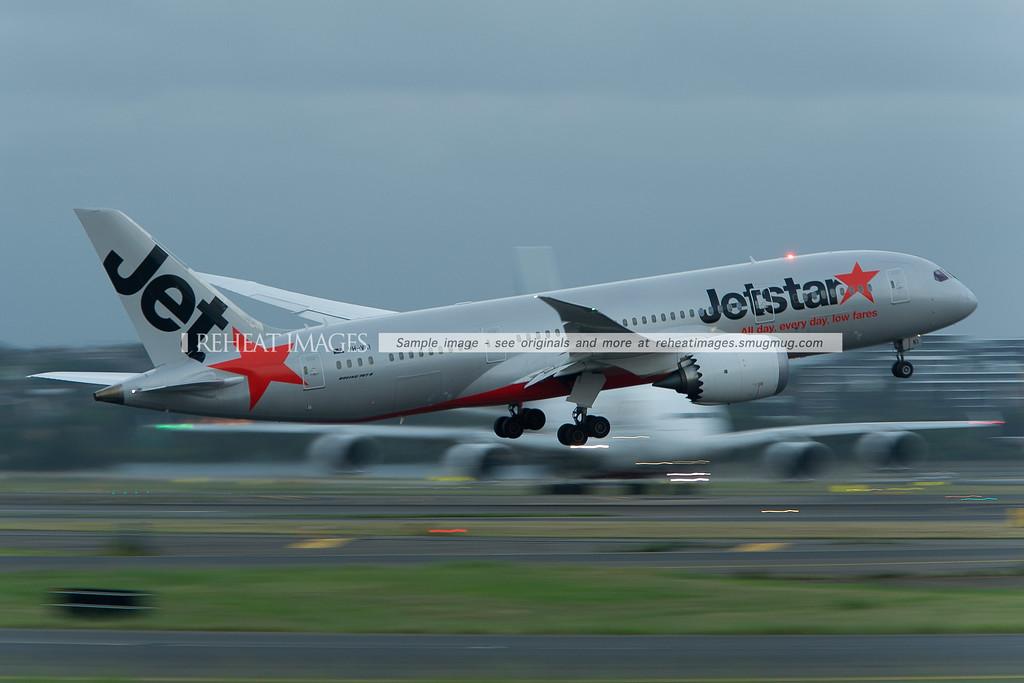 Jetstar Boeing 787-8 Dreamliner VH-VKI