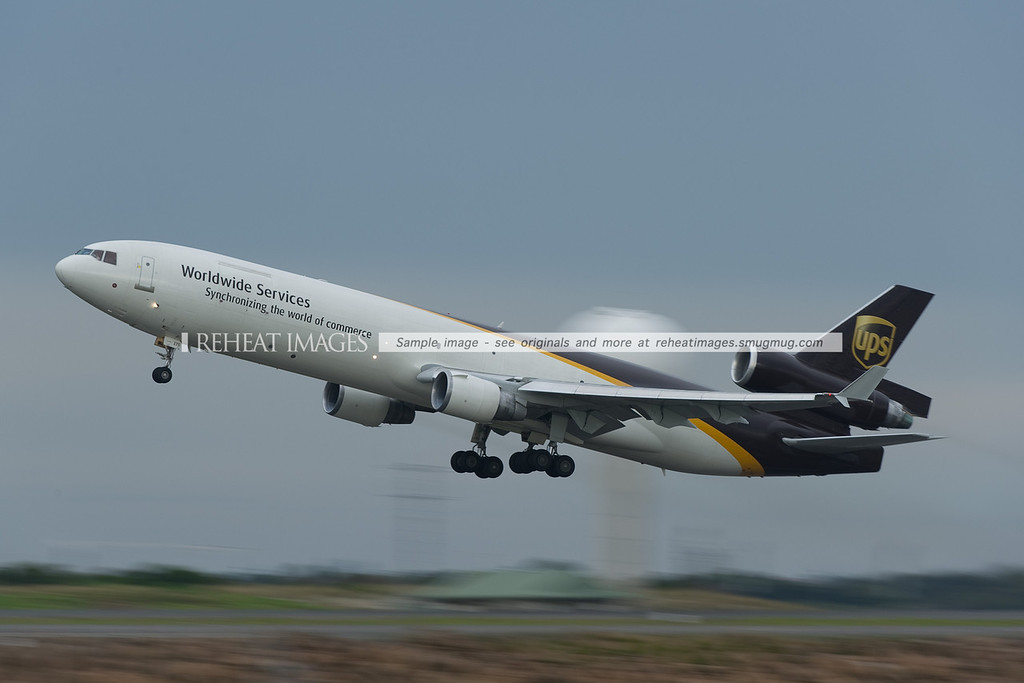 UPS MD-11F performs early and steep takeoff - the plane also turned towards the west very early to avoid weather ahead of it.