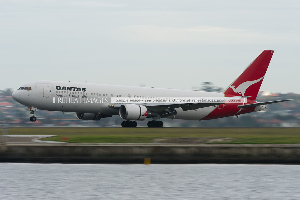Qantas Boeing 767-338/ER lands at Sydney airport.