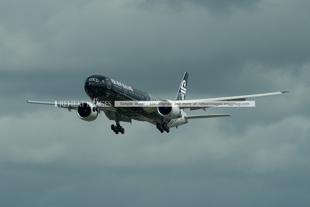 Air New Zealand's stunning new Boeing 777-319/ER in the All Blacks 'Crazy about Rugby' colour scheme about to land at Sydney for the very first time. Surely the most stunning Boeing 777 to ever grace the skies.
