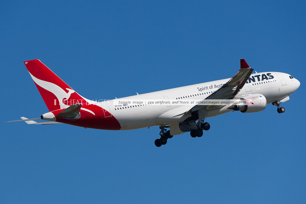 Qantas A330-202 VH-EBP operates the Sustainable Aviation Fuel flight from Sydney to Adelaide on Friday 13 April 2012.