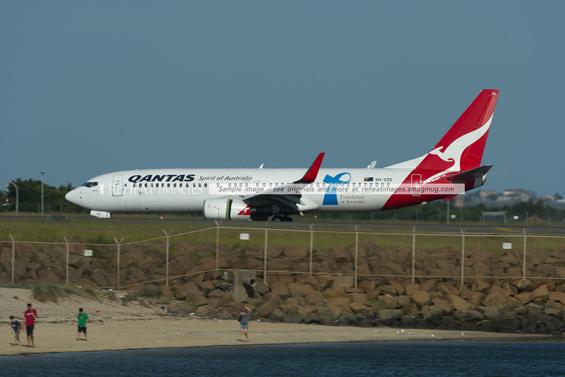 A Qantas Boeing 737-838 at Sydney airport.