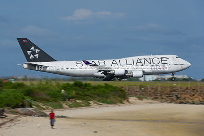 Star Aliiance colours on this Thai Boeing 747-400 with the registration HS-TGW.