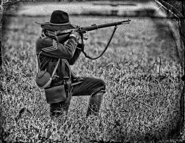 El_Camino_Real-8260 (taking aim).jpg