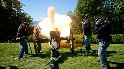 P1210065 Cannon fire1