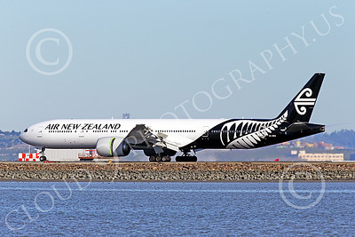B777P 00463 A semi-rare color scheme Boeing 777 Air New Zealand rolls out after landing at SFO 12-2014 airliner picture by Peter J Mancus