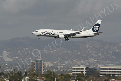 B737 00150 Boeing 737 Alaska Airline N565AS by Peter J Mancus