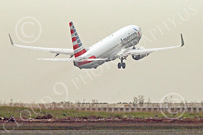 Boeing 737 00206 An American Airline Boeing 737 takes off at SFO 12-2014 airliner picture by Peter J Mancus