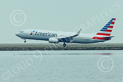 Boeing 737 00200 An American Airline Boeing 737 N952NN lands at SFO 12-2014 airliner picture by Peter J Mancus