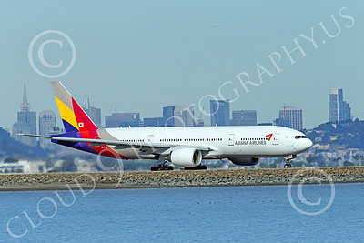 B777P 00521 A Boeing 777 Asiana Airlines HL7739 taxis at SFO 12-2014 airliner picture by Peter J Mancus