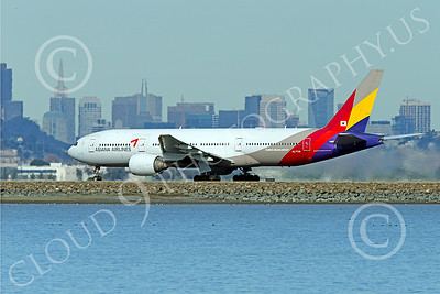B777P 00523 A Boeing 777 Asiana Airline HL7739 during its take-off roll at SFO 12-2014 airliner picture by Peter J Mancus