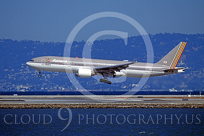 B777 00046 Boeing 777 Asiana Airline HL7597 SFO October 2003 by Peter J Mancus