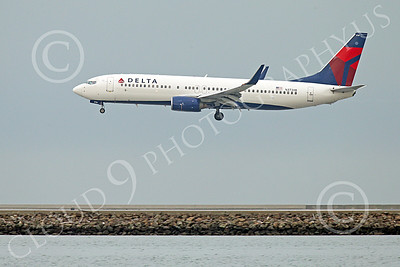 Boeing 737 00196 A Delta Airline Boeing 737 N3730B on final approach to land at SFO 12-2014 airliner picture by Peter J Mancus