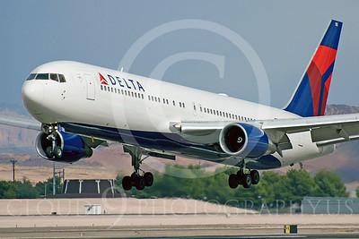 B767 00030 Boeing 767 Delta by Dave Budd