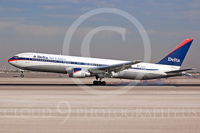 B767 00043 Boeing 767 Delta N143DA by Dave Budd