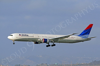 B767 00064 Boeing 767 Delta Airline N845MH by Peter J Mancus